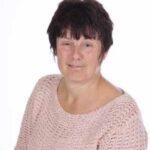Mrs Tina Curtis